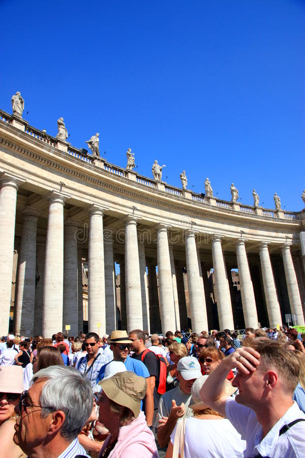 Download Tourists in Vatican City editorial photography. Image of blue - 21287392