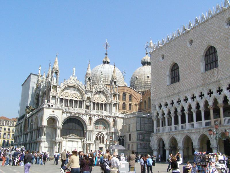 Download Tourists In Venice Editorial Stock Photo - Image: 22342923