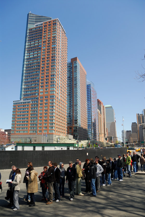 Download Tourists Waiting For The Ship To Liberty Island Editorial Photography - Image: 5011057