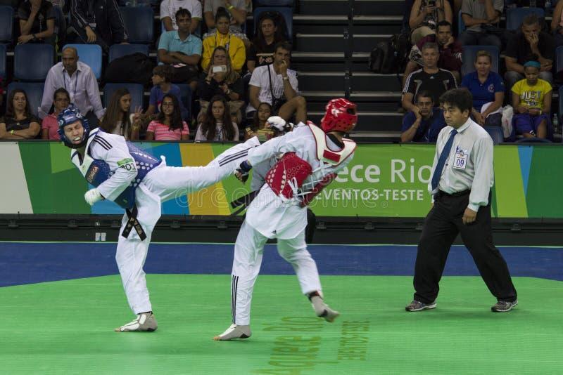 Tournoi international du Taekwondo - Rio 2016 événements d'essai - UZB contre IRI images stock