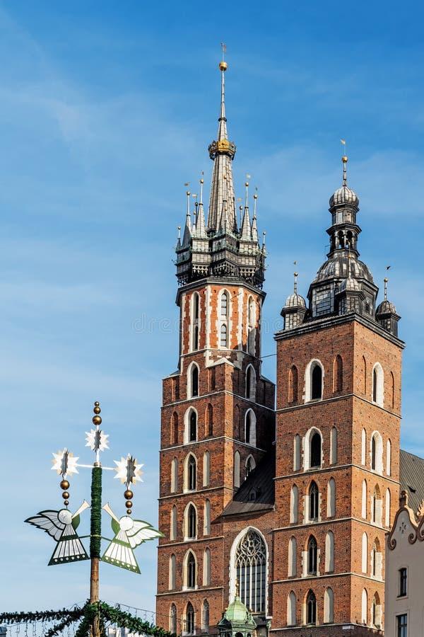 Tours d'église de StMary photo stock