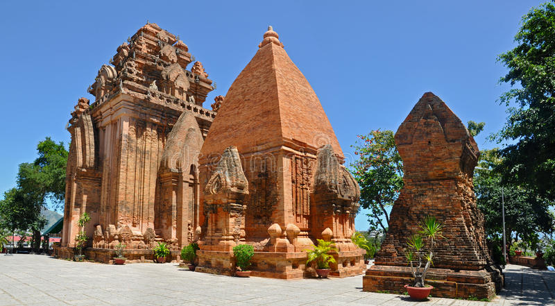 Tours de Cham de PO Nagar, Nha Trang. images stock