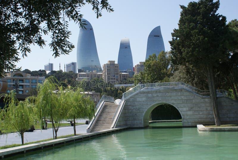 Tours de flamme, Bakou, Azerbaïdjan photos stock