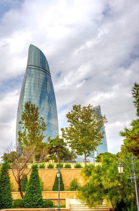 Tours de flamme, Bakou, Azerbaïdjan photographie stock