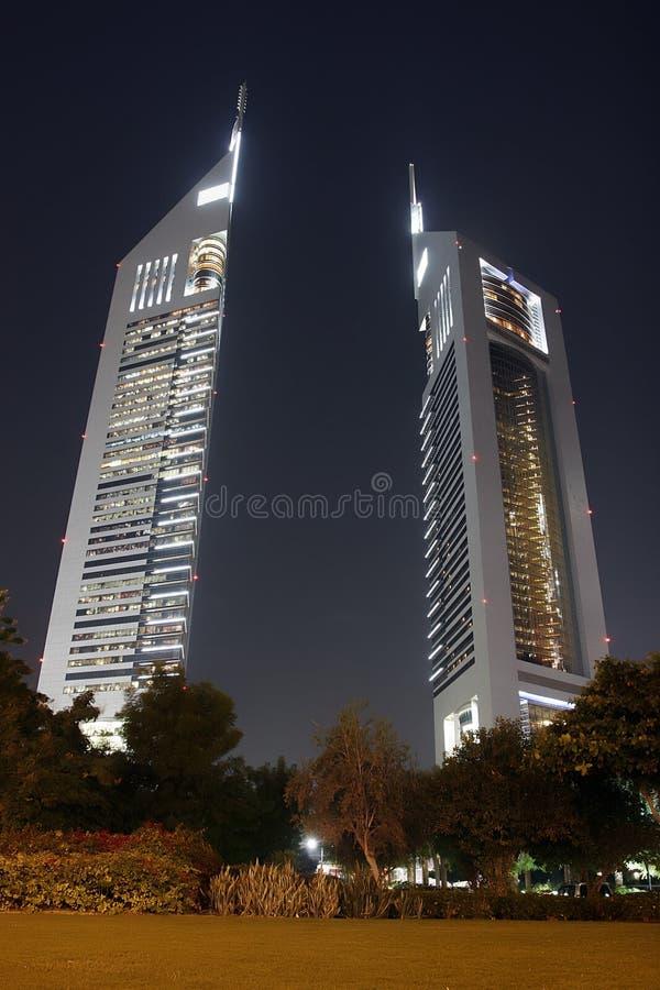 tours de nuit d'Emirats photographie stock libre de droits