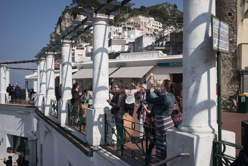 Toursits Capri, Italien royaltyfria foton