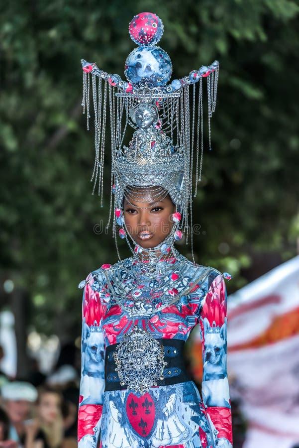 tout 2012 лета весны модного парада ауры vu стоковые фото
