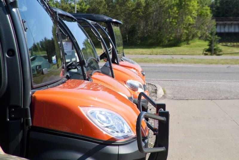 Tout le véhicule de terrain à vendre. photo stock