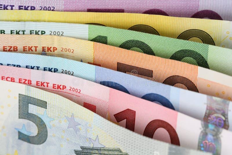 Toutes les notes d'euro l'un après l'autre photographie stock libre de droits