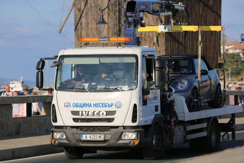 Tow Truck i Bulgarien royaltyfri bild