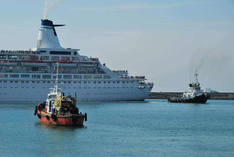 towage пара корабля стоковые фото