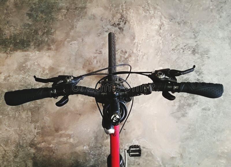 Towarzysz rowerowy Red zdjęcia stock