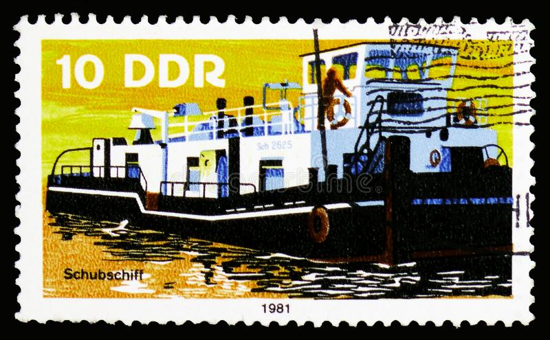 TOWBOAT, Barges serie, circa 1981. MOSCOW, RUSSIA - OCTOBER 6, 2018: A stamp printed in Germany, Democratic Republic shows TOWBOAT, Barges serie, circa 1981 stock photos