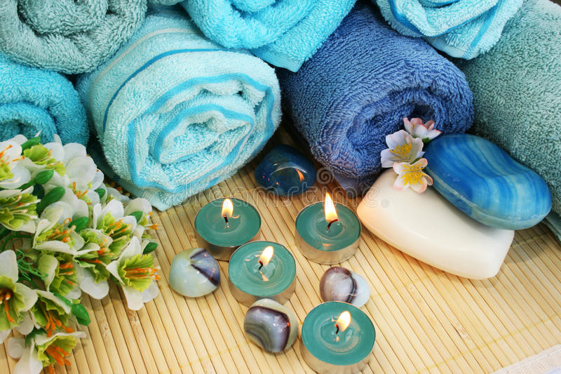 Download Towels, Soaps, Flowers, Candles Stock Image - Image: 31909987