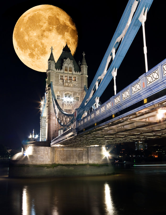 Download Tower Bridge, London At Night Stock Photo - Image: 4141876