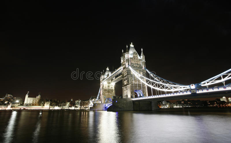 Download Tower Bridge at Night stock photo. Image of draw, ghothic - 28563786