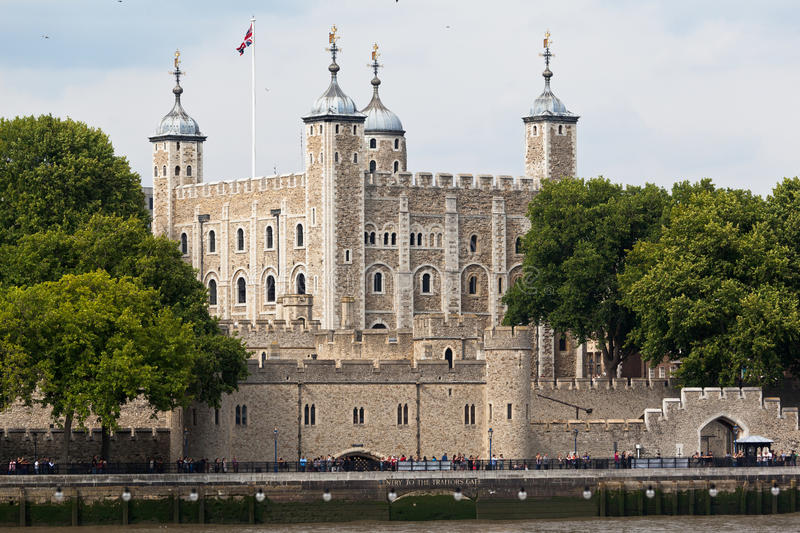 Download Tower of London England stock photo. Image of tower, flag - 39510028
