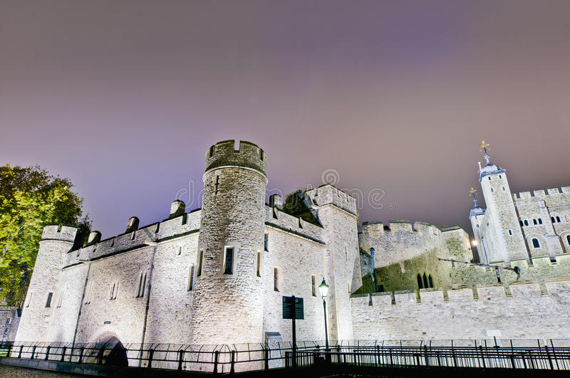 Download Tower Of London At London, England Stock Image - Image: 22506531