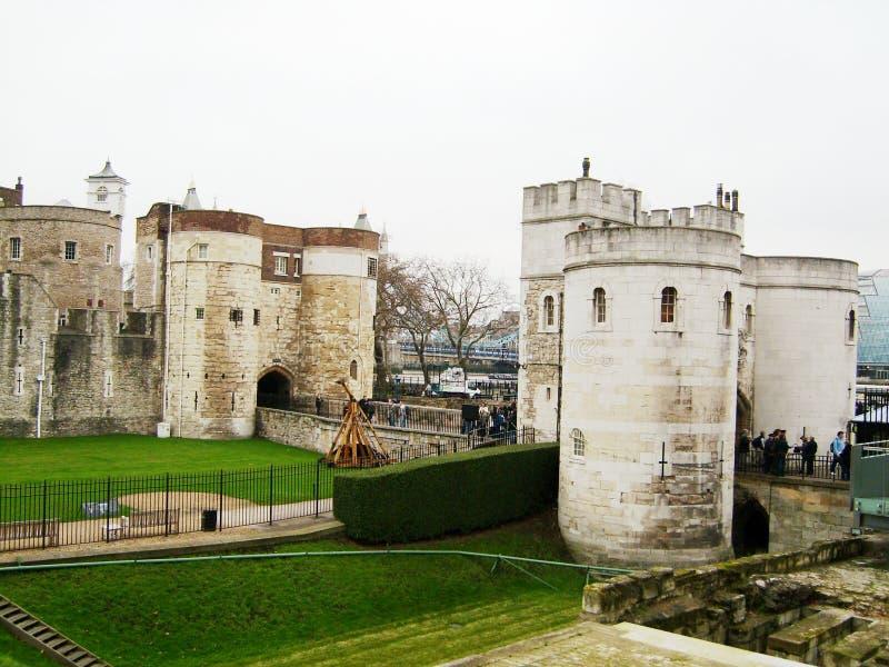 Tower von London - hereinkommend durch das Tor stockbild