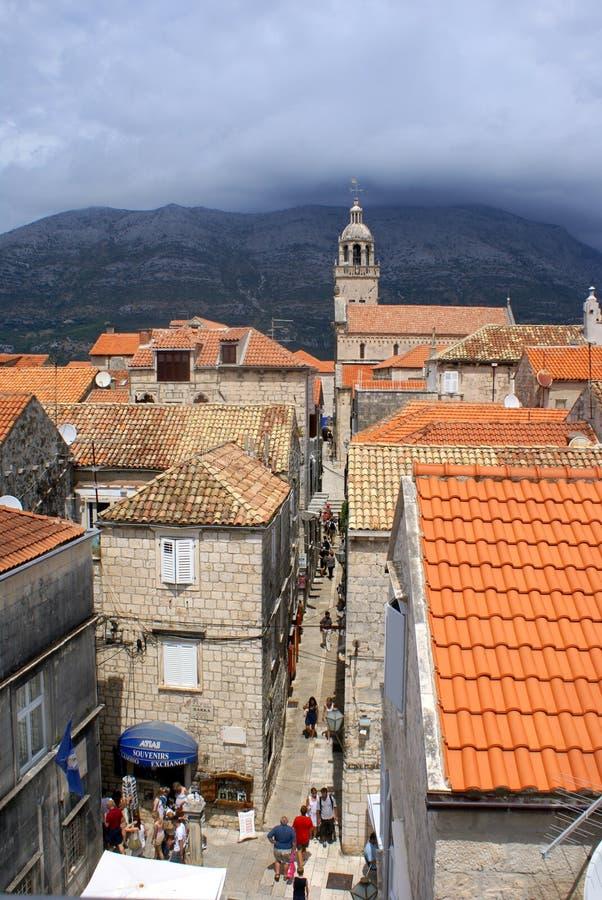 town för gata för narrow för croatia ökorcula fotografering för bildbyråer