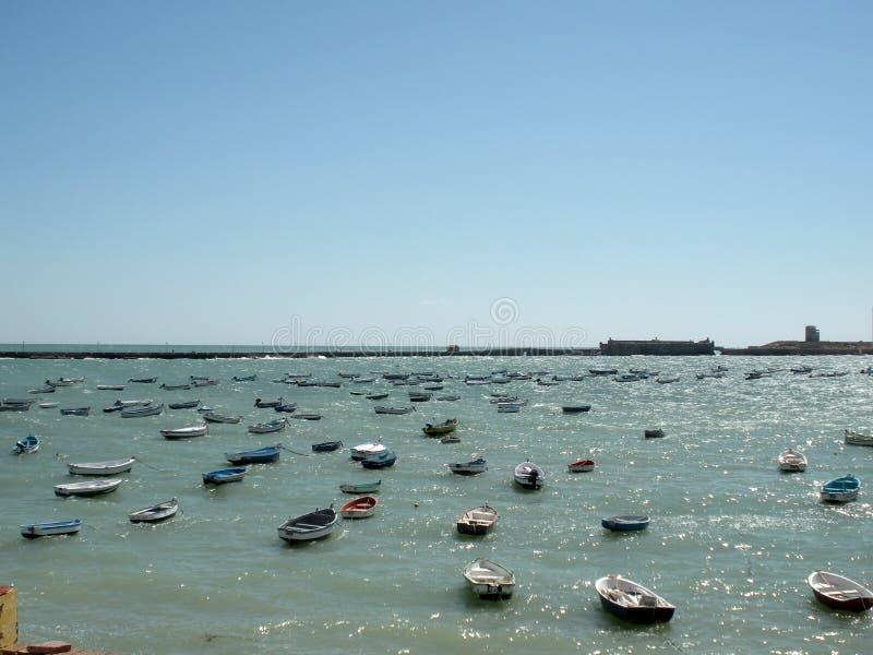 town för port för apuliabari fartyg arkivfoton