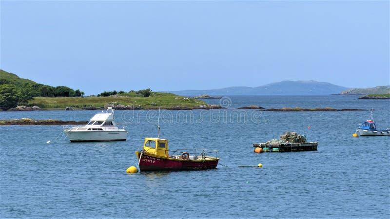 town för port för apuliabari fartyg arkivbilder