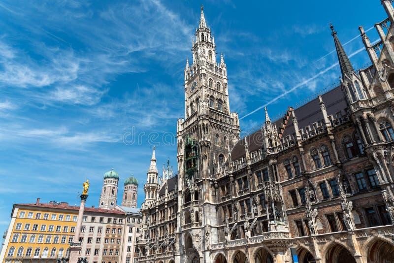 Townhall на Marienplatz в Мюнхене стоковые изображения
