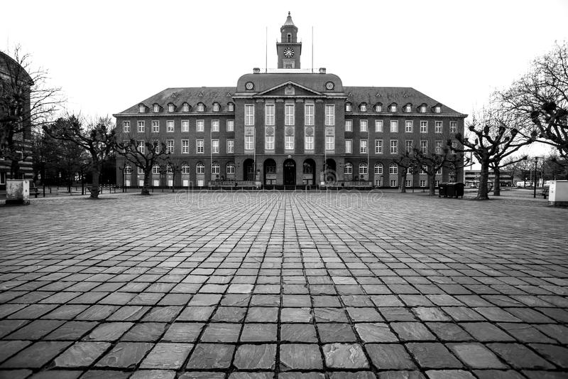 townhall黑尔讷黑白的德国 免版税库存图片