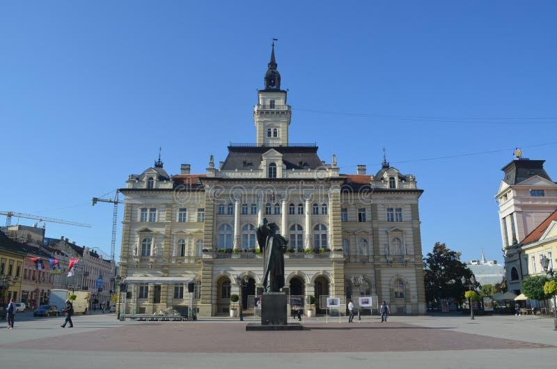 Townhall novi унылая Сербия стоковые изображения rf