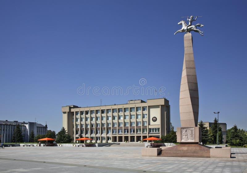Townhouse στην πλατεία Basanavicius σε Marijampole Λιθουανία στοκ εικόνες
