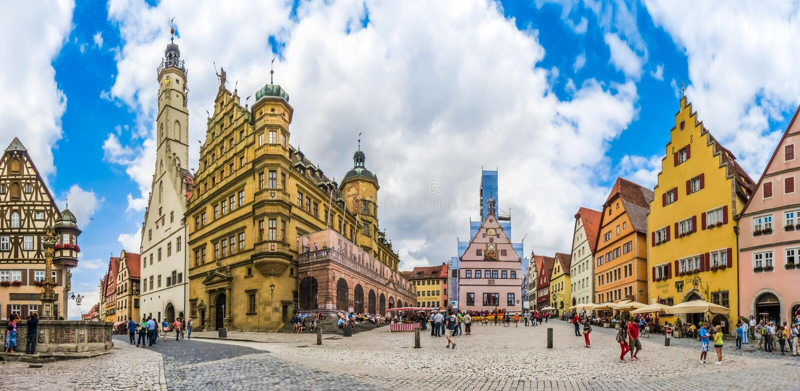Townsquare histórico del der Tauber, Franconia, Baviera, Alemania del ob de Rothenburg fotos de archivo