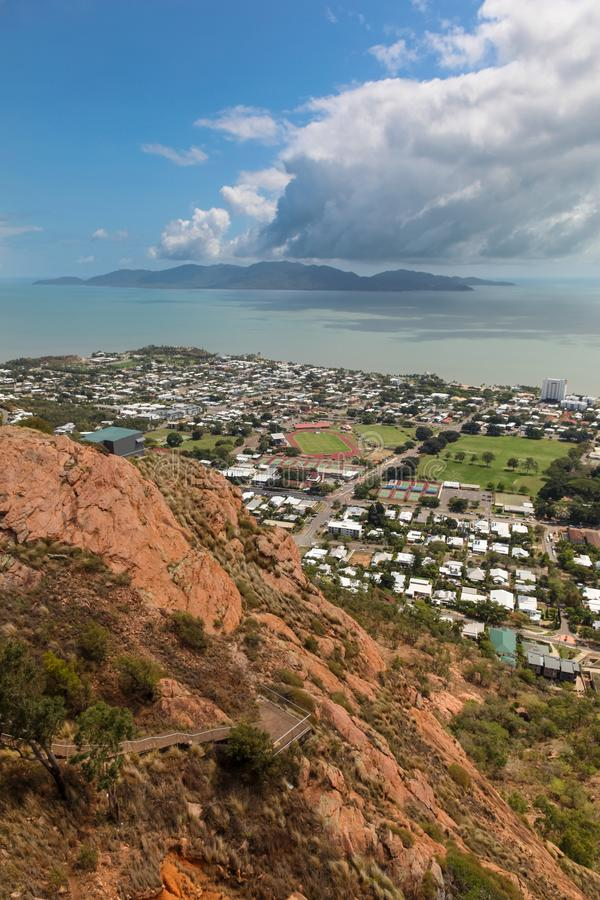 Townsville i Magnesowy wyspa widok od Grodowego wzgórza fotografia royalty free
