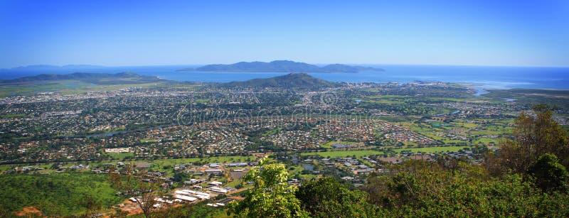 Townsville-Stadt LuftMt Stuart stockfoto