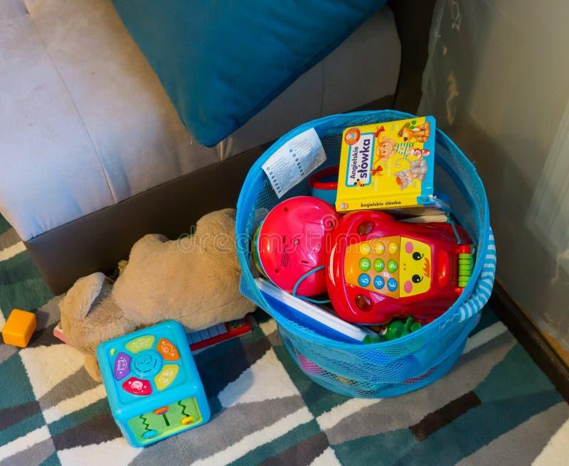 Toy Basket arkivbilder