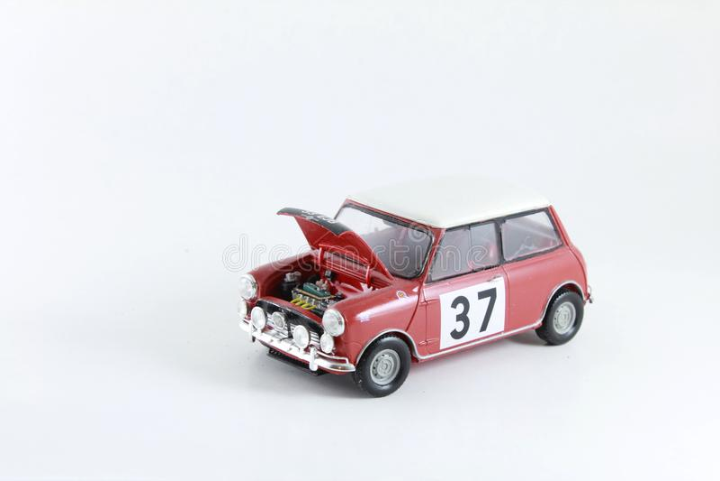 Toy Red Plastic Model Mini-Fassbinder Car lizenzfreies stockfoto