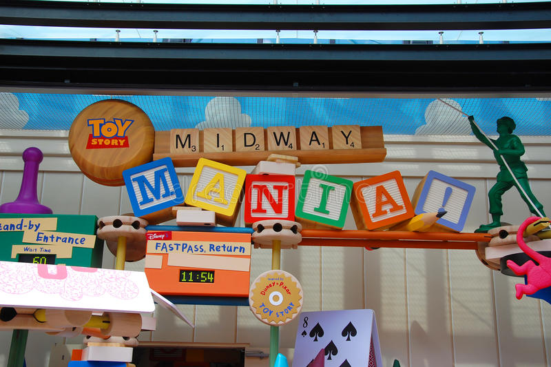 Toy Story Mania Sign arkivbild