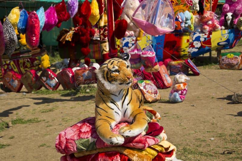 Toy Tiger macio enchido fotografia de stock