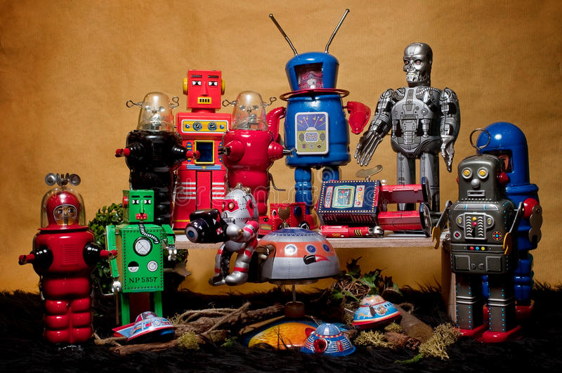 Toy Tin Robot Gathering 02 stockfoto