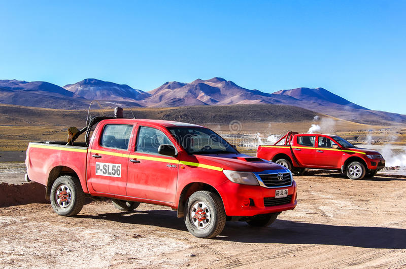 Toyota Hilux en Mitsubishi L200 royalty-vrije stock fotografie