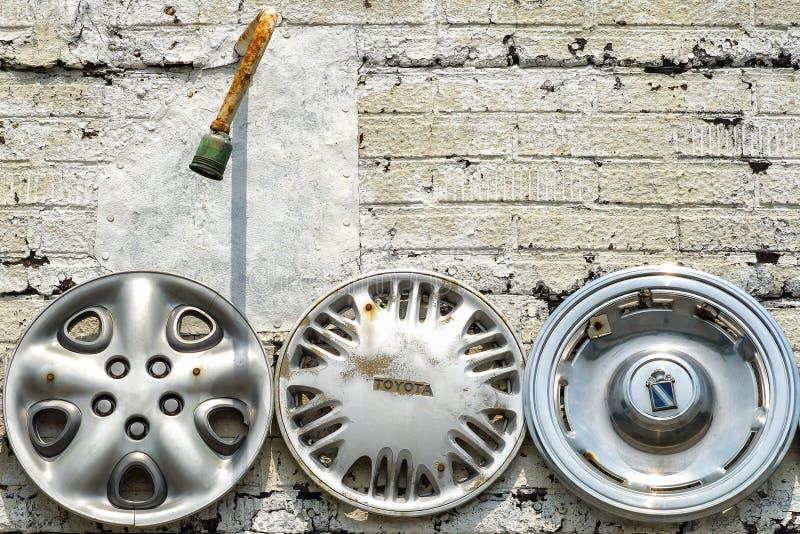 Toyota i nieznane hubcaps fotografia royalty free