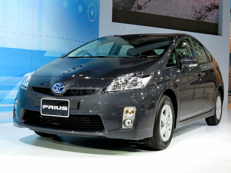 Download Toyota Prius 2010 Model editorial stock image. Image of wheels - 8857574