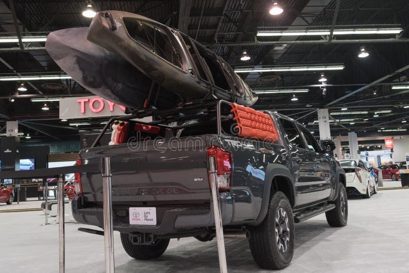 Toyota Tacoma op vertoning stock foto's