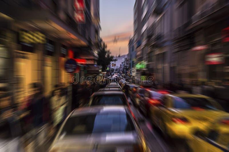Tráfego da tarde no centro de Atenas imagem de stock royalty free