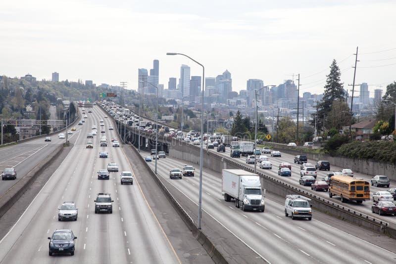 Tráfego de Seattle, I5 da 45th ponte da rua imagens de stock royalty free