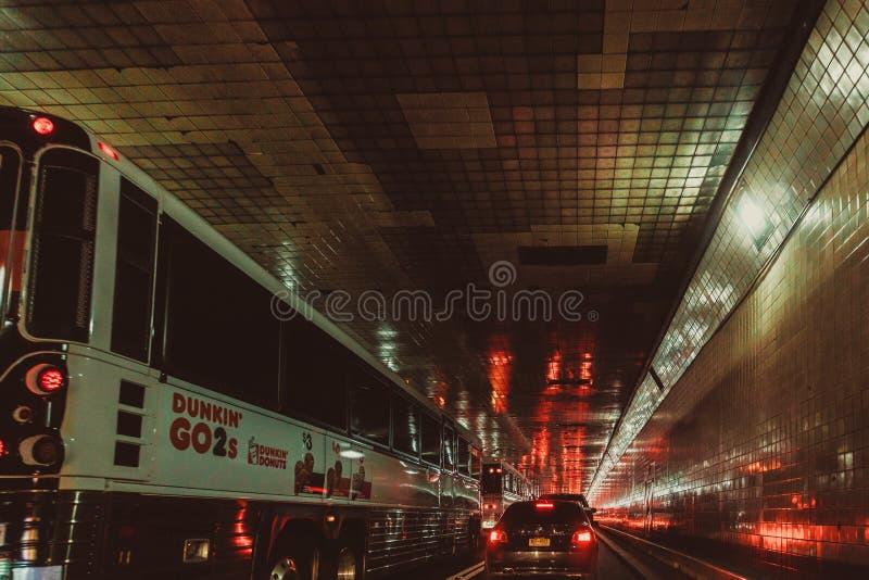 Tráfego do túnel de Lincoln, New York City imagem de stock