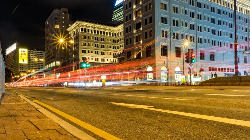 Tráfego em Hong Kong na noite imagem de stock