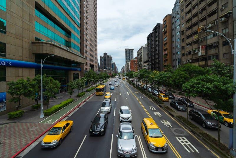 Tráfico en el camino en Taipei, Taiwán imágenes de archivo libres de regalías