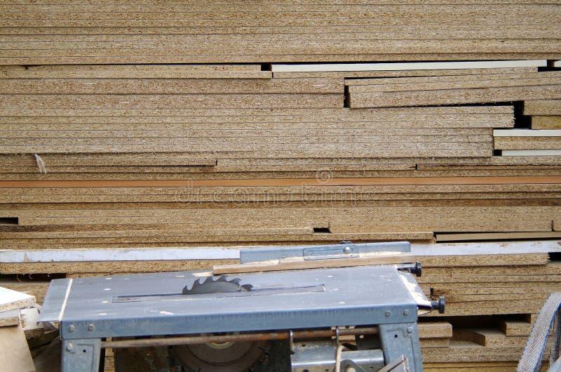 Trä såg bänken arkivfoto