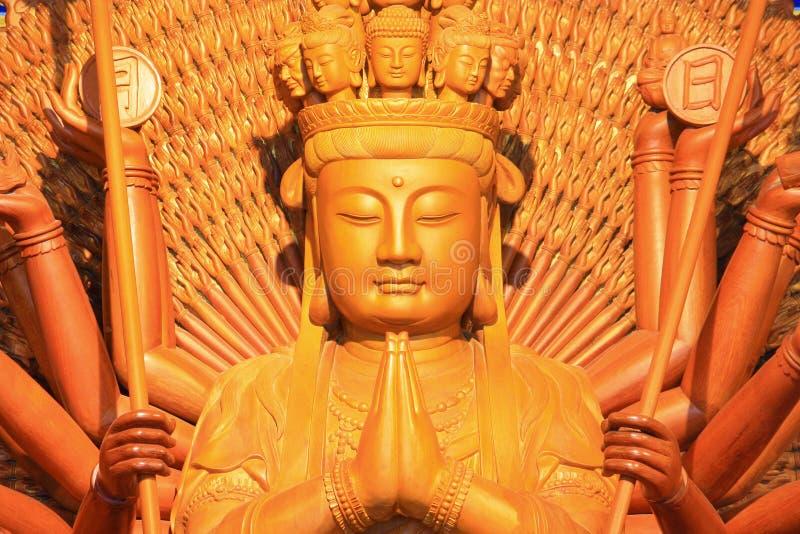 träbuddha bild royaltyfri bild