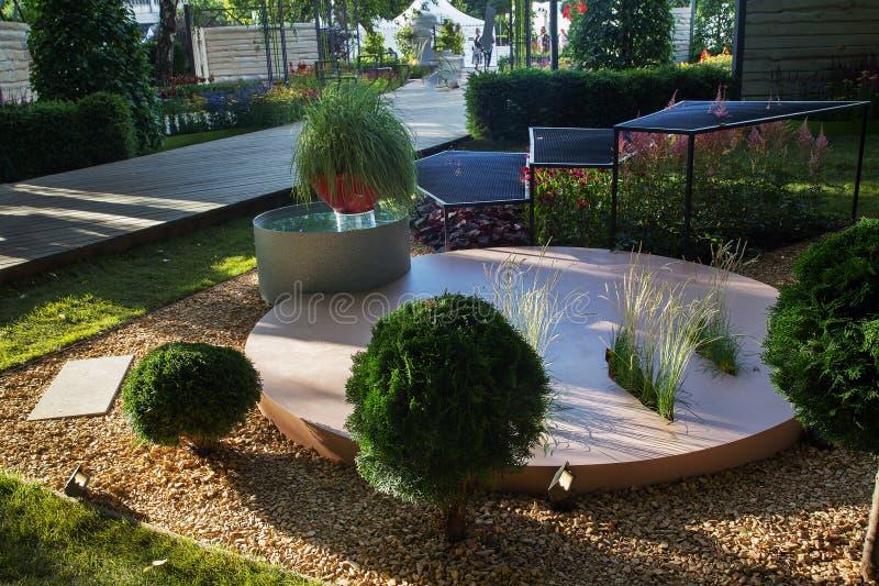 Trädgård av en från deltagare royaltyfri bild